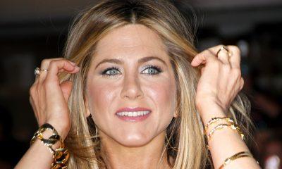 Дженнифер Энистон слухи беременность Jennifer Aniston false pregnancy