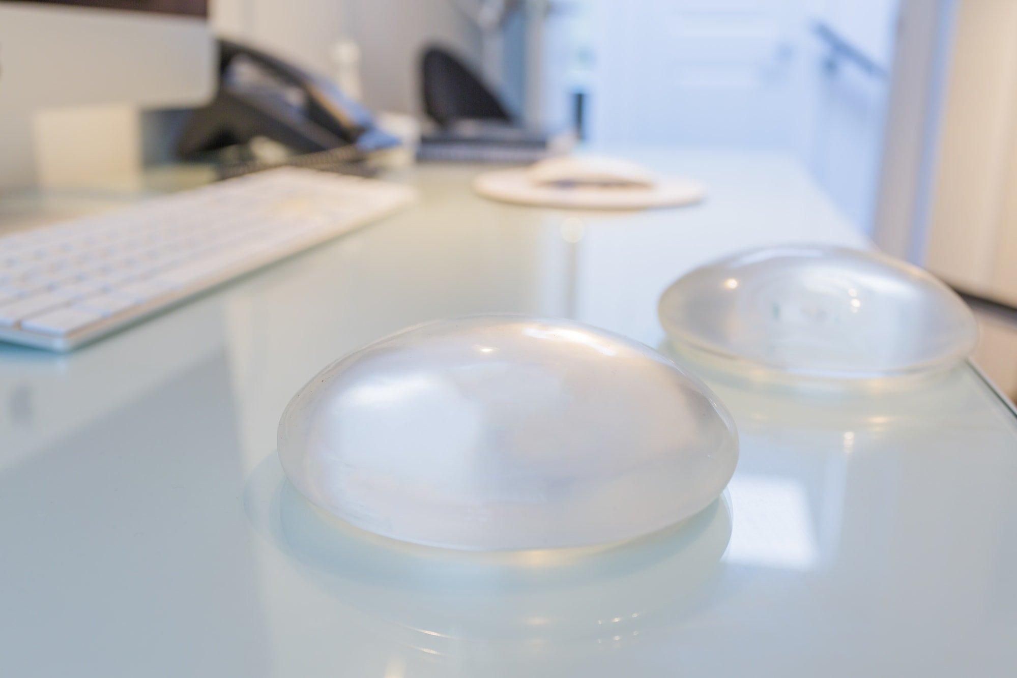 breast implants lymphoma грудные импланты рак лимфома