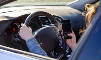 текстовые сообщения за рулем