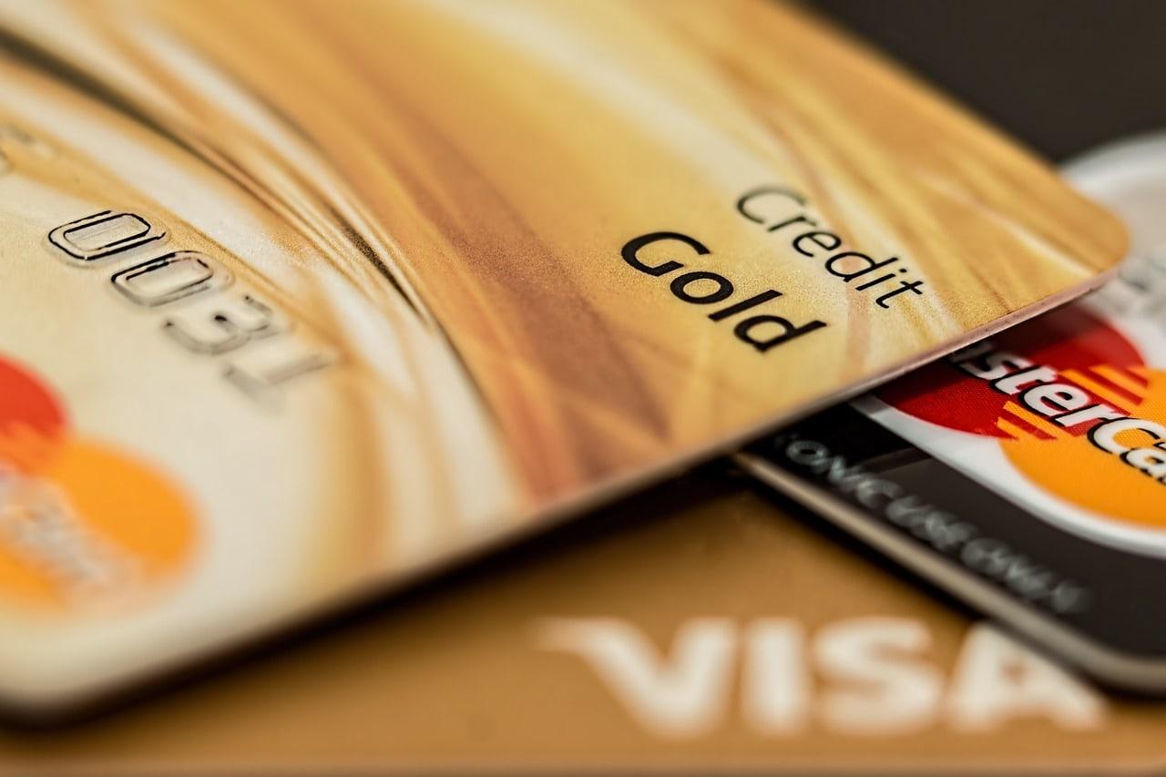 кредитную карту